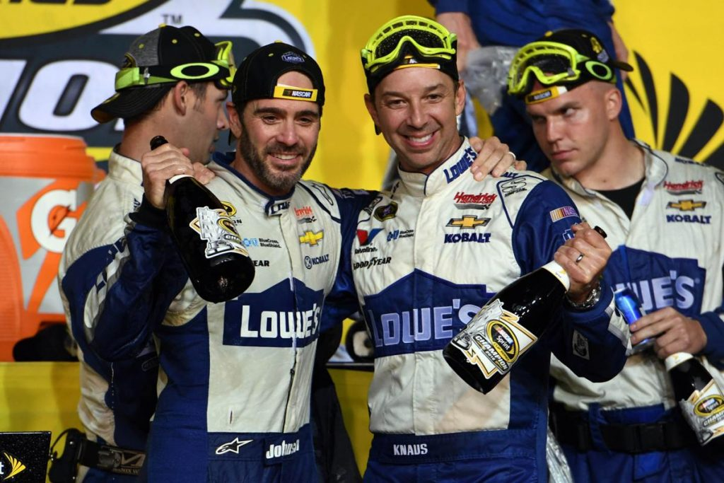 NASCAR | La coppia Jimmie Johnson - Chad Knaus si separa 1